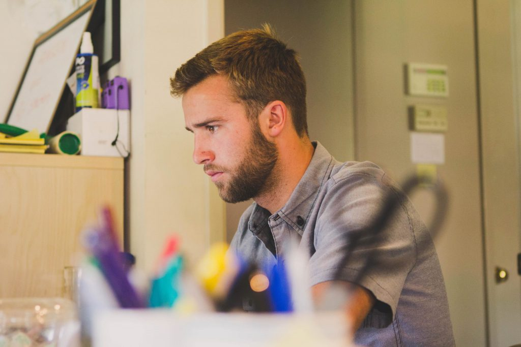 Why External Motivation, Cash, Promises or Punishment Won't Motivate Your Employees image